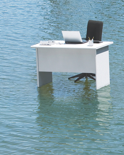 Desk-in-the-water